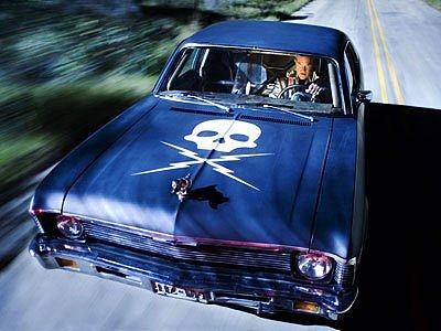 Snímek z filmu Grindhouse: auto zabiják.