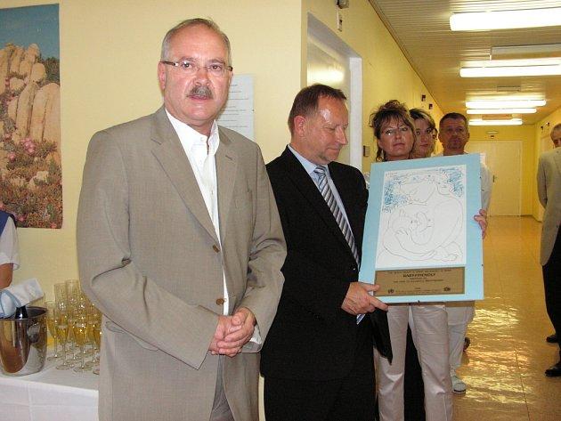 Slavnostní předávání certifikátu Baby – Friendly Hospital pro Oblastní nemocnici Kolín