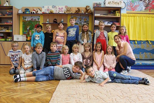 Třída 1.A6. základní školy Kolín, třídní učitelka Jana Zichová