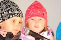 Školáci zazpívali nejen rodičům