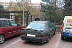 Autovrak v ulici Rimavské Soboty, bylo zde podezření, zda se nejedná o kradené auto, ale v evidenci odcizených vozidel nefiguruje