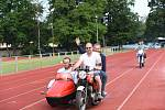Hry pro radost na atletickém stadionu Mirka Tučka v Kolíně.