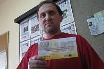 Vítěz 7. kola Lubomír Fejt z Jestřabí Lhoty získal od naší redakce tričko a kupon do sázkové kanceláře Fortuna v hodnotě 100,–Kč.