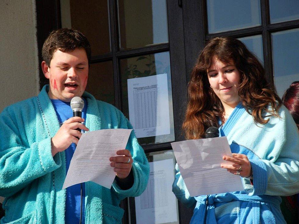 Libličtí maturanti a jejich poslední zvonění