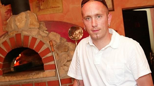 Restauratér Jan Chaloupka.