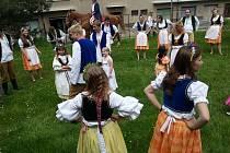 Poříčanští hasiči oslavili lidový svátek staročeských májí ve velkém stylu.