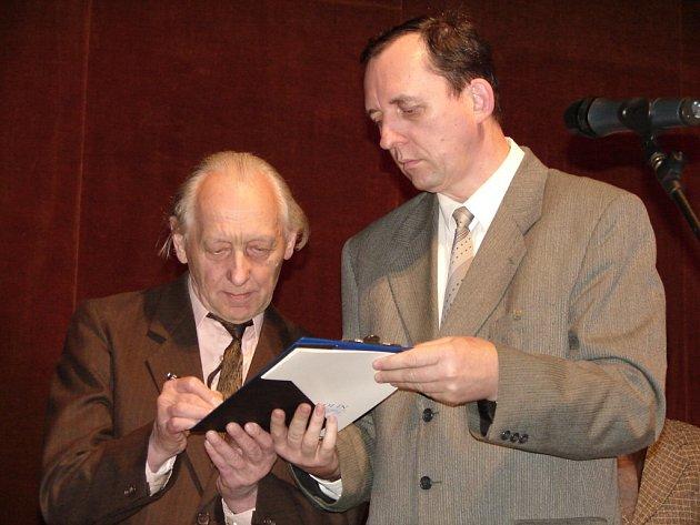 Z ceremoniálu ocenění Evy Štrupové in memoriam