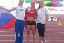 Zuzana Pražáková (vlevo).