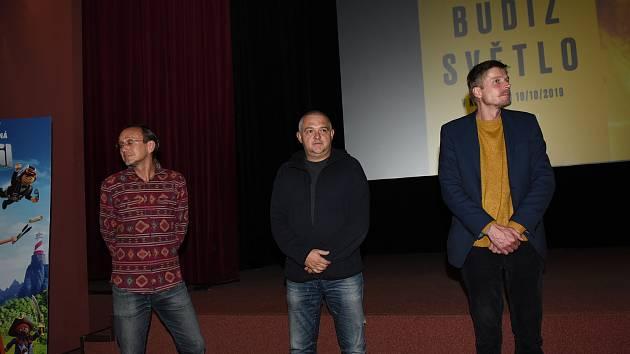 Z promítání slovenského filmu Budiž světlo za účasti jeho tvůrců v Kině 99 v Kolíně.