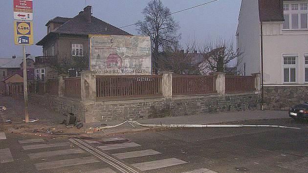Nehoda na křižovatce ulic Tyršova a Jaselská v Kolíně. Viník ujel