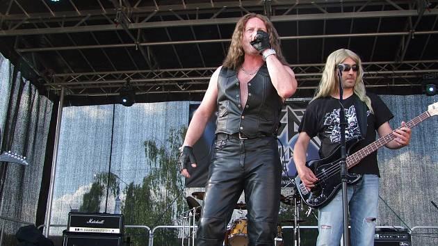 V rámci oslav zahrála také ostravská kapele Kabát Revival Live.