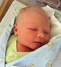 Matěj Krytinář se rozkřičel 24. listopadu 2016. Prvorozený potomek maminky Elišky a tatínka Michala zRostoklat po narození měřil 53 centimetry a vážil 3840 gramů.