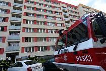 Z požáru v Nerudově ulici večer 23. srpna 2021.
