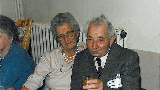 Jiřina a Václav Tláskalovi v časech, než je rozdělila smrt
