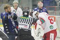 Z hokejového utkání Chance ligy Kolín - Slavia Praha (4:3)