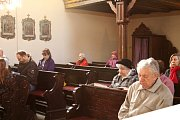 U svěcení základního kamene komunitního centra na Zálabí byl přítomen sám generální vikář biskup Zdenek Wasserbauer.
