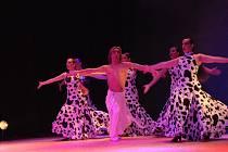 Španělský tanečník Javier Jurado  a jeho skupina La Masia