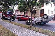 Dopravní nehoda v ulici Antonína Dvořáka v Kolíně.