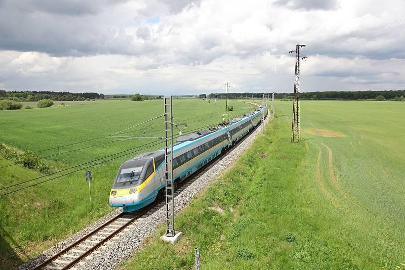 Vlaky testují na Kolínsku. Už téměř šedesát let.
