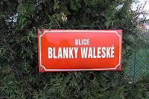 Ulice Blanky Waleské v Cerhenicích