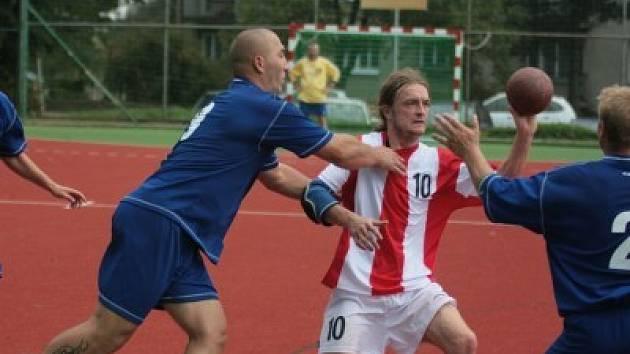 Kolínské rezervě první mistrovské utkání ve společné regionální lize vyšlo. V derby si poradilo s Kutnou Horou.