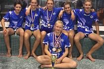 Starší žáci získali na republikovém šampionátu osm medailí.
