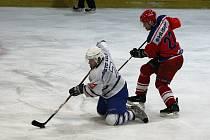 Z utkání druhé hokejové ligy Kolín - Kobra Praha (9:3).