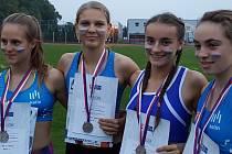 Dívčí štafeta na 4x60 metrů ve složení Kristýna Šlehubrová, Lenka Novotná, Jana Sombergová a Jana Šafránková skončila druhá.