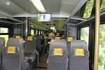Nechybí LCD obrazovky, palubní rozhlas, informační systém hlásící aktuální polohu vlaku, cílovou stanici nebo třeba rychlost soupravy. WiFi připojení k internetu je samozřejmostí.