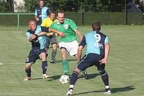 Z utkání Ratboř - Býchory (1:1).