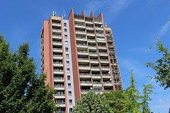 Nejvyšší dům v Kolíně, tzv. šestnáctipatrák v Tyršově ulici