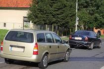 Nehoda dvou osobních automobilů v Bečvárech. 23. července 2009