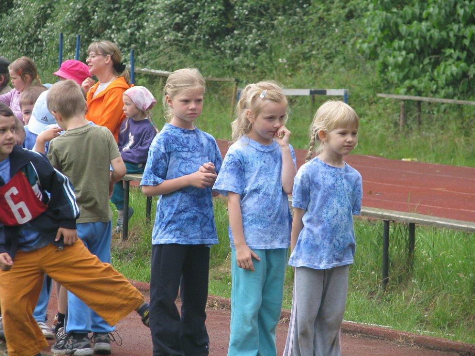 Na kolínském atletickém stadionu soutěžily děti z mateřských škol.