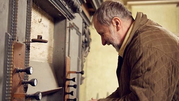 Stařičké varhany ve štolmířském kostele jsou třetí nejcennější v celé naší zemi.