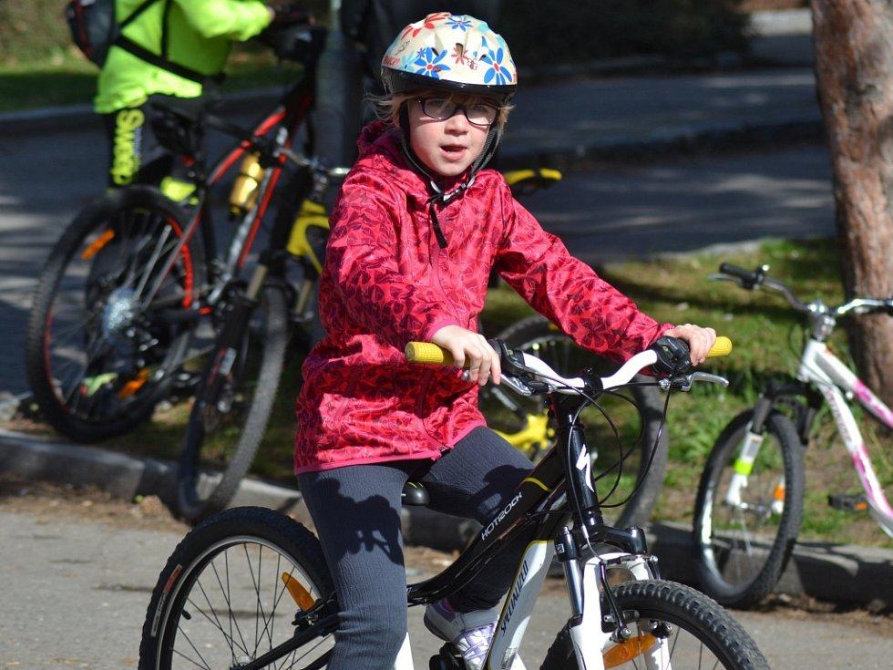 První cyklovyjížďka a slavnostní zahájení provozu Cyklistického centra v Kolíně