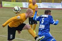 Z utkání Sokolov - FK Kolín (3:0).