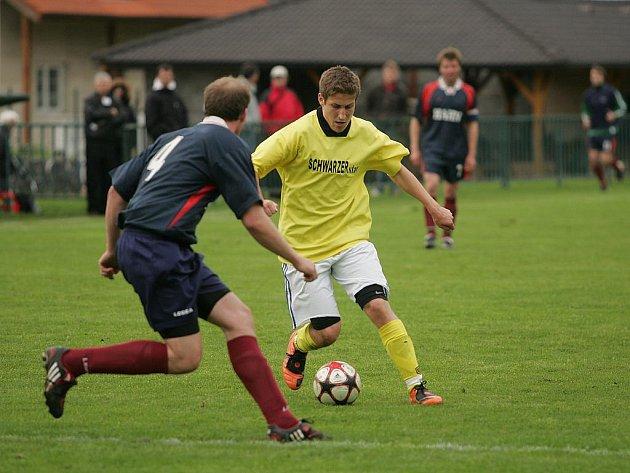 Z utkání Velim B - Tuchoraz (3:0).