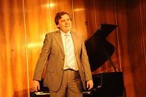 Jiří Pazour plnil hudební improvizovaná přání.