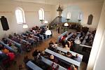 """V neděli 27.11.2011 se v malebném evangelickém kostele konal koncert nazvaný  """"Libenické adventní ladění"""", po loňské úspěšné premiéře druhý v pořadí."""