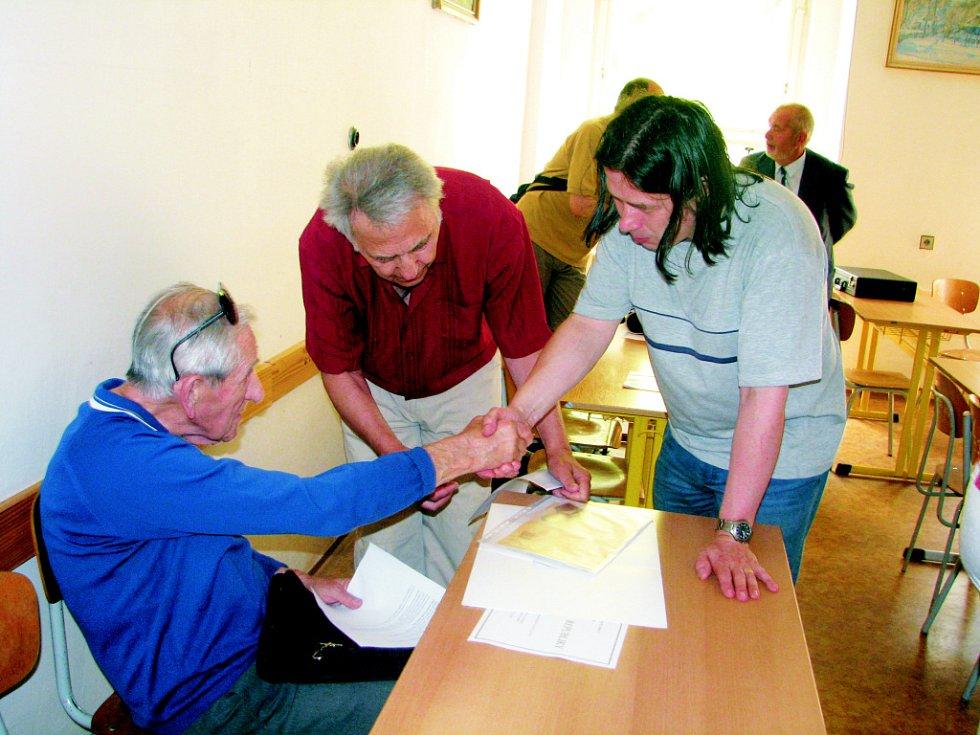 Setkání potomků slavných osobností na Obchodní akademii v Kolíně.