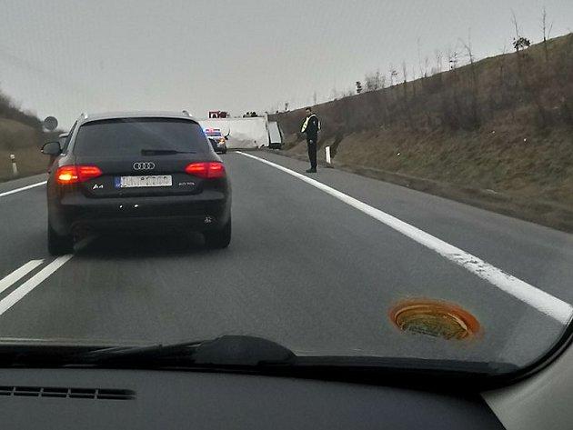 Dopravní nehoda na obchvatu Kolína.