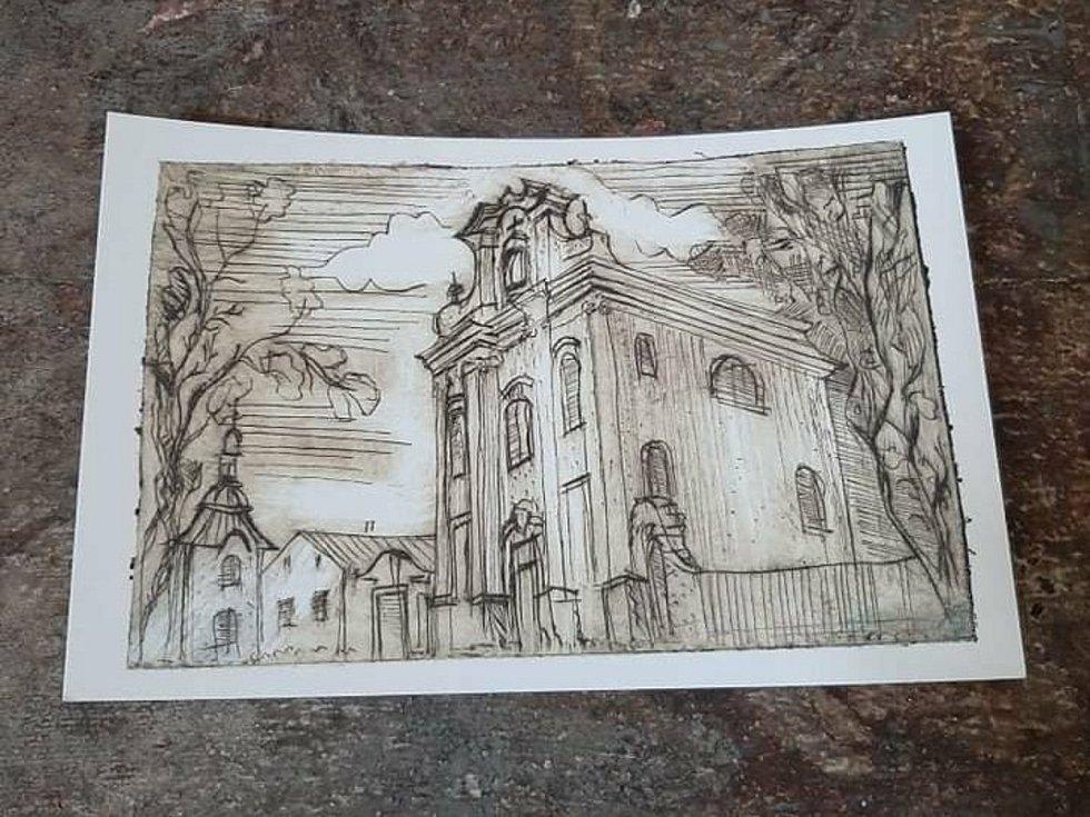 Benefiční pohlednice s motivem barokního kostela sv. Havla ve Štolmíři.