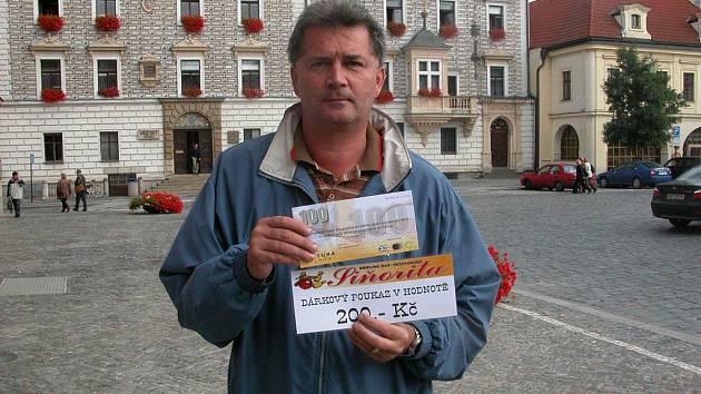 Ladislav Kruliš získal za vítězství v 7. kole tričko, volnou sázenku Fortuny v hodnotě 100,–Kč a poukaz v hodnotě 200,–Kč na bowling v restauraci Siňorita