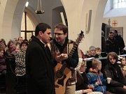 Výstavu betlémů zahájili zpěvem koled