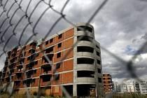 Vyplatí se investovat. Ceny bytů stále míří vzůru.