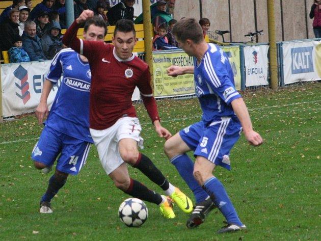 Z utkání FK Kolín - Sparta Praha B (2:1).