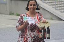 Lenka Syrovátková z Nučic vyhrála poukaz v hodnotě 200,-Kč do pizzerie Týna, dále karton piv značky Rohozec a poukaz na cvičení SlimBelly.