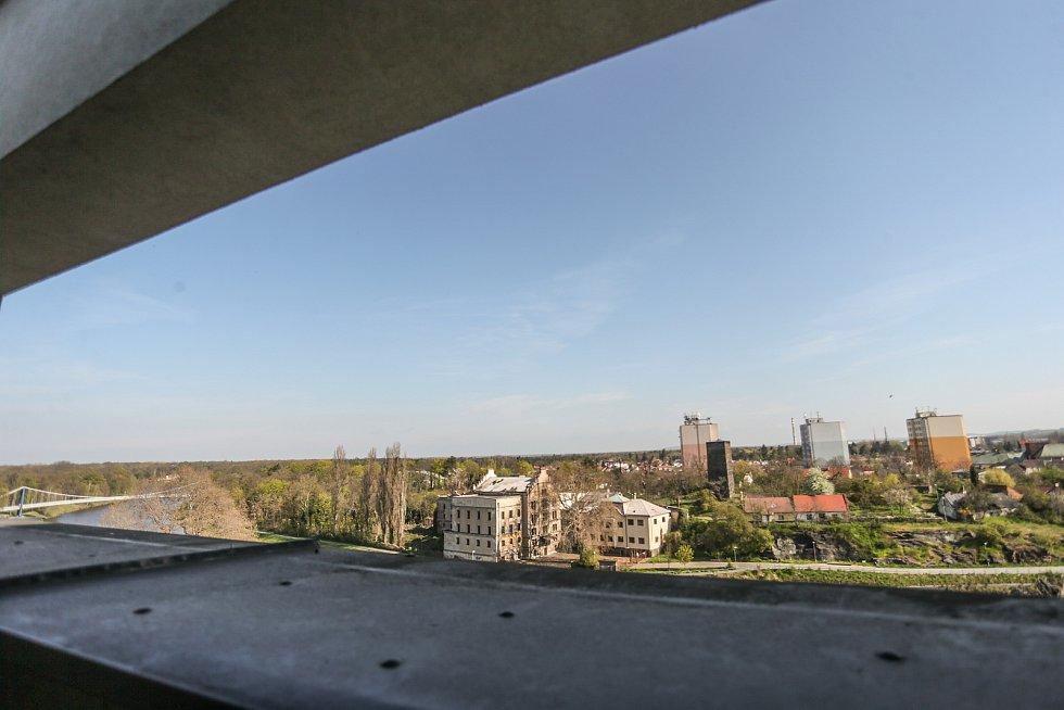 Radnice v Kolíně: výhled z nižší střechy.