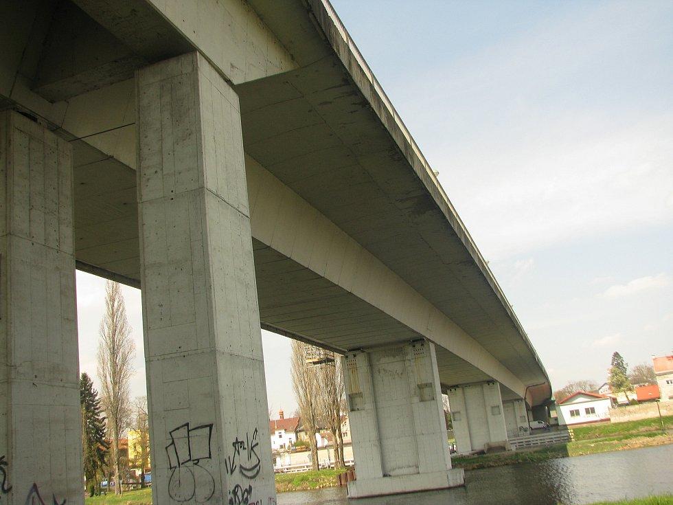 Začínají práce na rekonstrukci Nového mostu.
