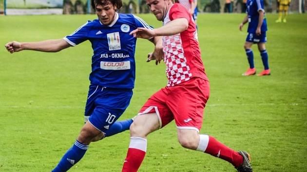 Z utkání FK Kolín - Slatiňany (1:0).